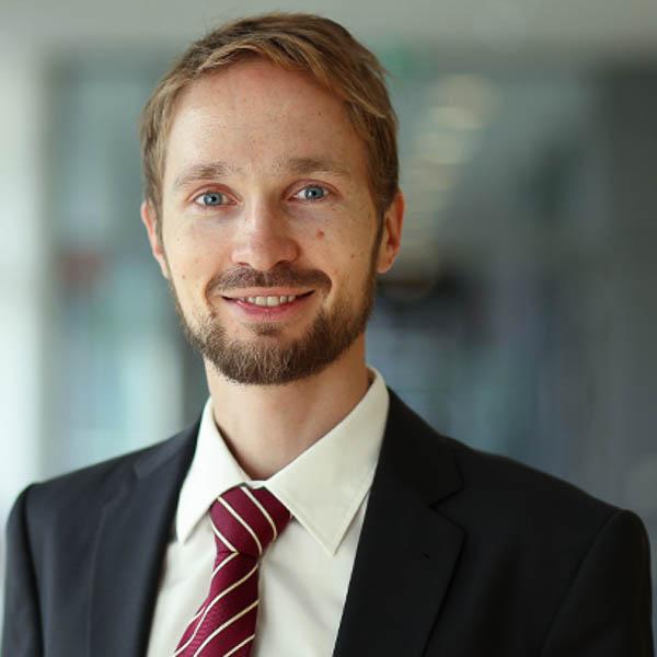 Prof. Dr. Heiko Karle